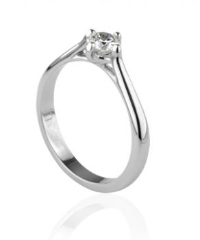 """Legend"" Diamond engagement ring"