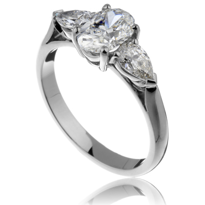 Oval Diamond 3 stone Ring
